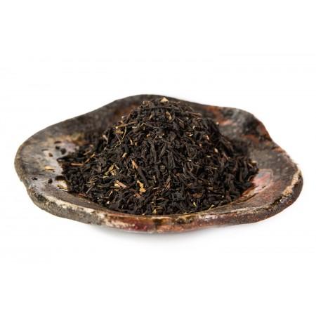 Чёрный чай с корицей